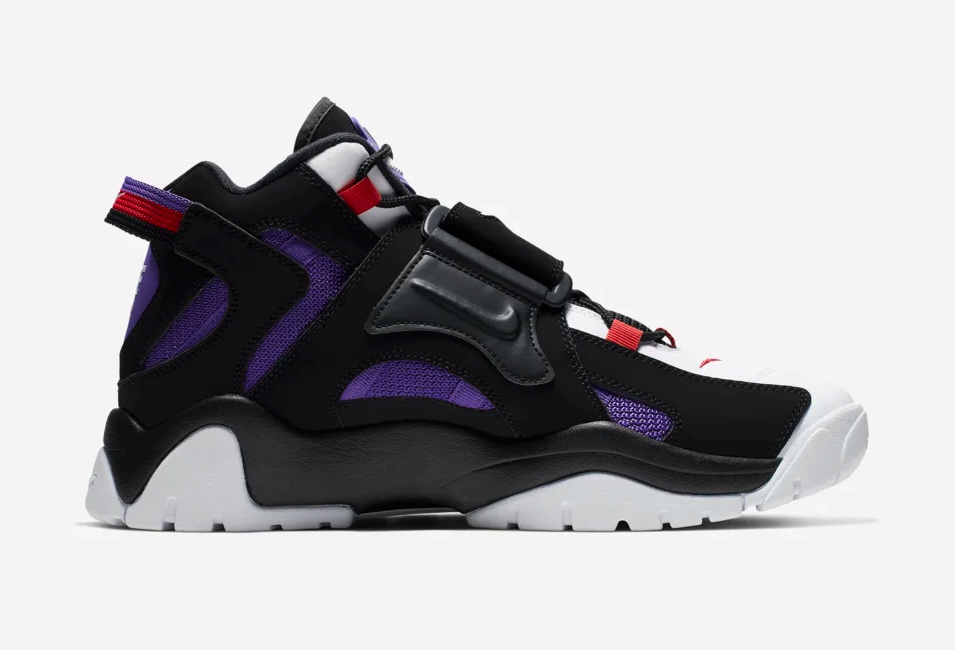 f:id:sneakerscaffetokyo:20190627132134p:plain