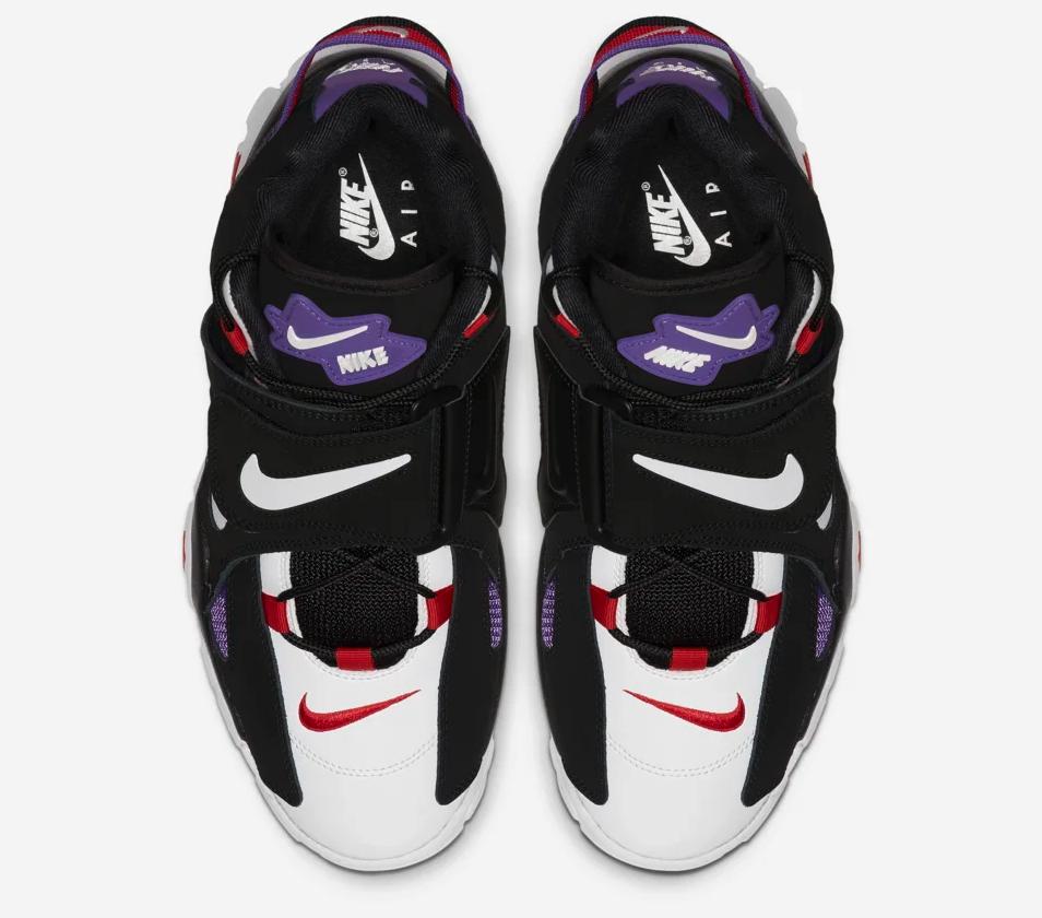 f:id:sneakerscaffetokyo:20190627132202p:plain