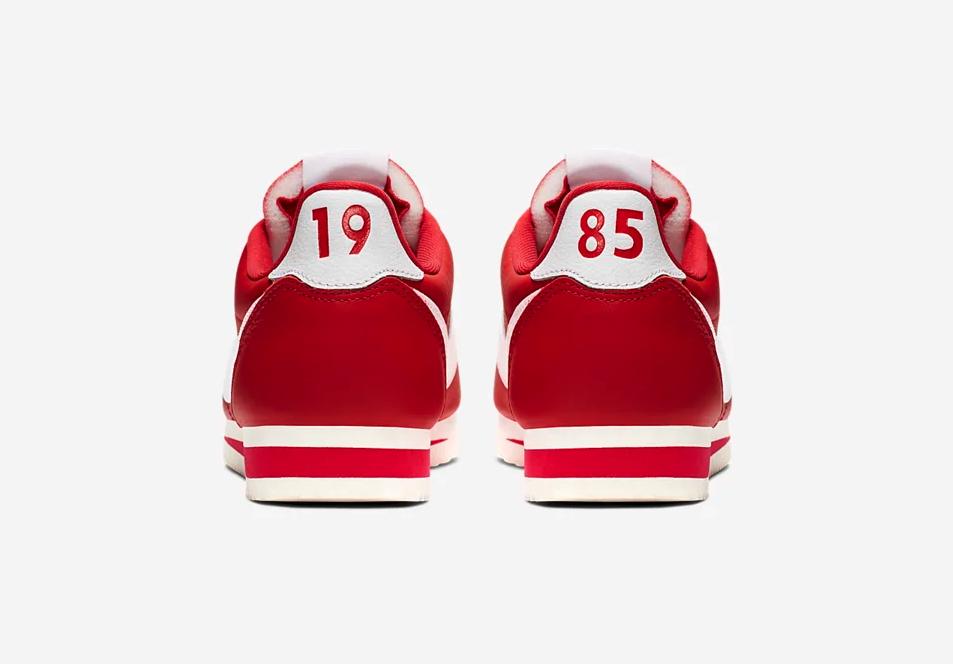 f:id:sneakerscaffetokyo:20190627155426p:plain