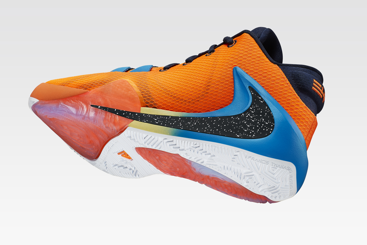 f:id:sneakerscaffetokyo:20190702150112j:plain