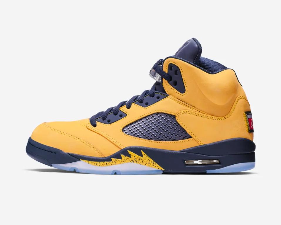 f:id:sneakerscaffetokyo:20190703162417p:plain