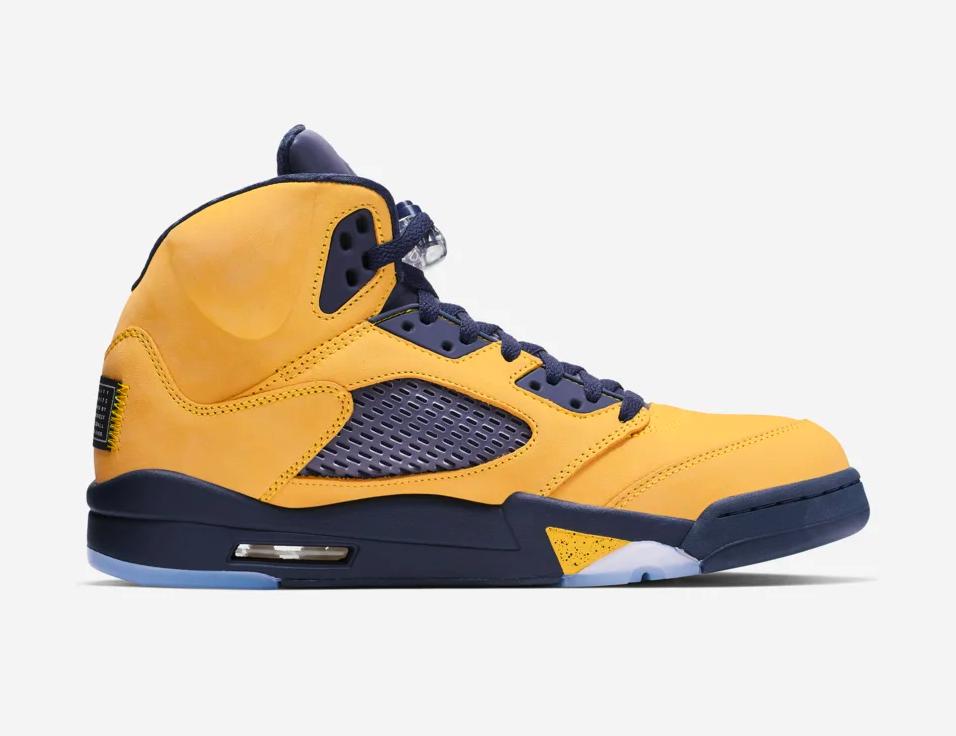 f:id:sneakerscaffetokyo:20190703162446p:plain