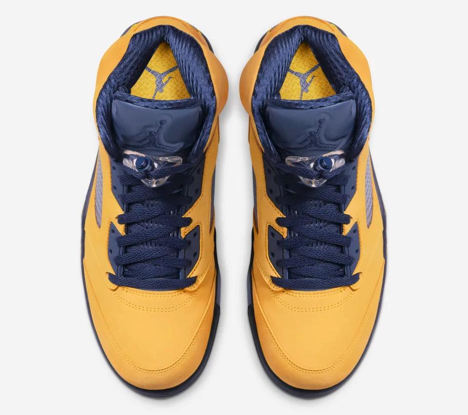 f:id:sneakerscaffetokyo:20190703162515p:plain