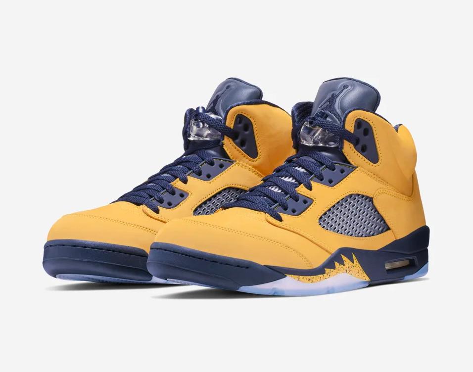 f:id:sneakerscaffetokyo:20190703162557p:plain