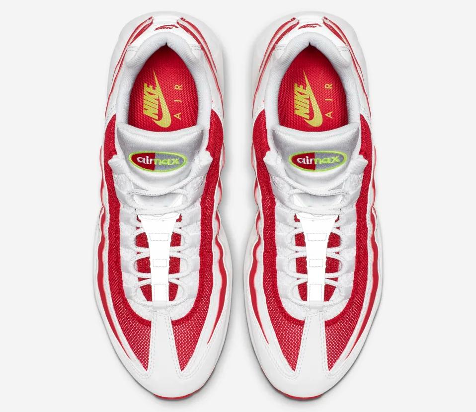 f:id:sneakerscaffetokyo:20190708160313p:plain