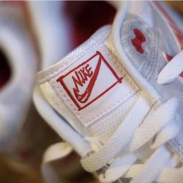 f:id:sneakerscaffetokyo:20190709085221j:plain