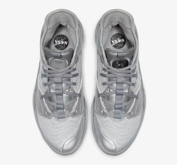 f:id:sneakerscaffetokyo:20190717111416p:plain