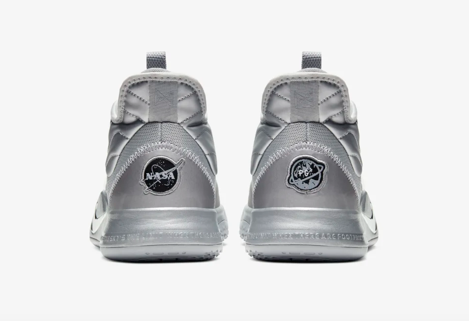 f:id:sneakerscaffetokyo:20190717203638p:plain