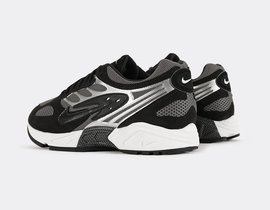 f:id:sneakerscaffetokyo:20190720065945j:plain