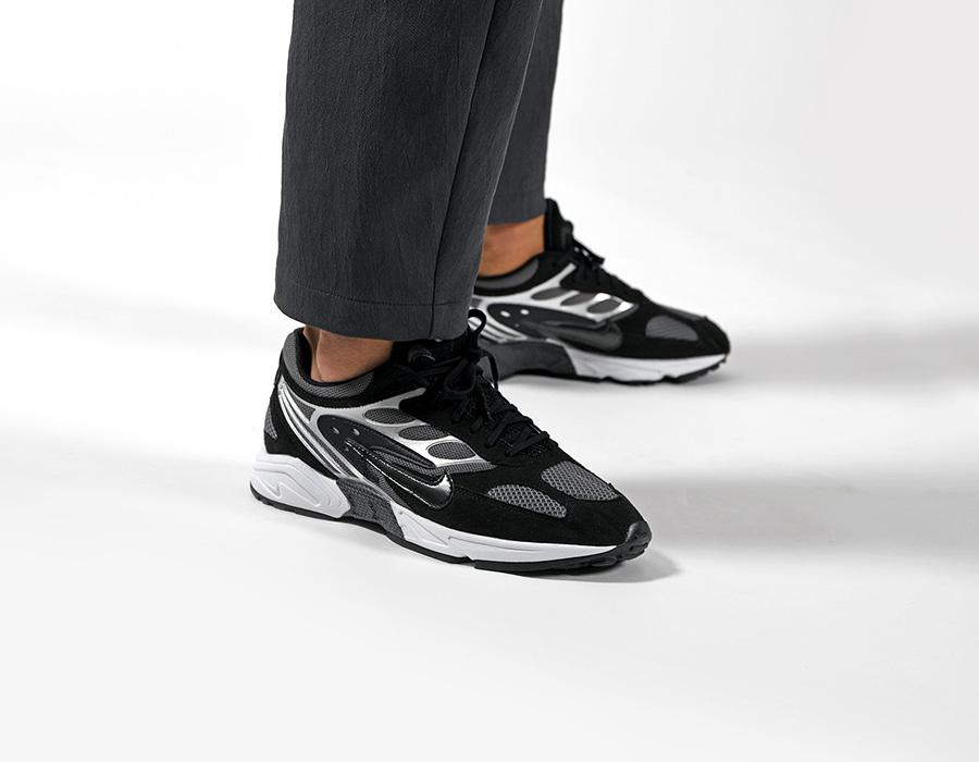 f:id:sneakerscaffetokyo:20190720070121j:plain