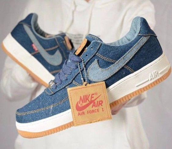 f:id:sneakerscaffetokyo:20190729122501j:plain