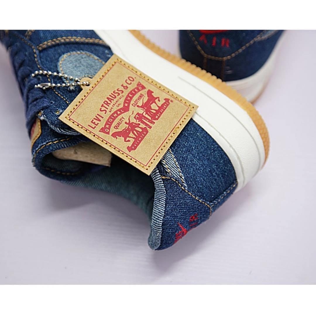 f:id:sneakerscaffetokyo:20190729122515j:plain