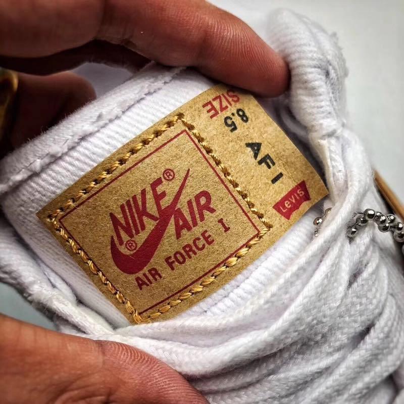 f:id:sneakerscaffetokyo:20190729122646j:plain