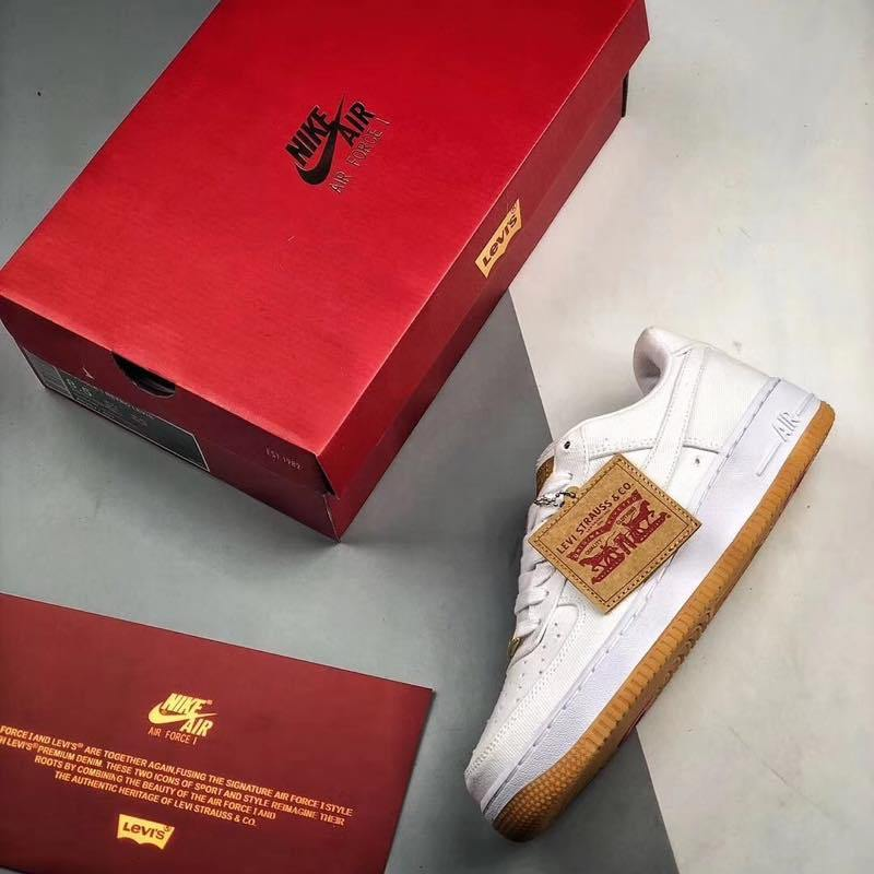 f:id:sneakerscaffetokyo:20190729122749j:plain