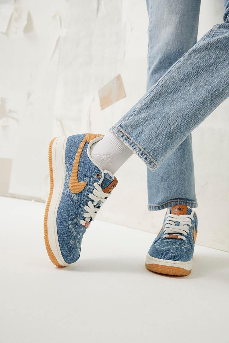 f:id:sneakerscaffetokyo:20190729123111j:plain