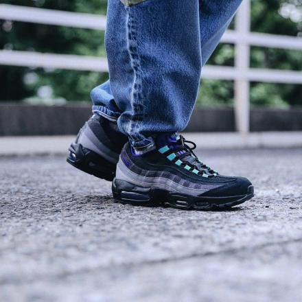 f:id:sneakerscaffetokyo:20190730093921j:plain