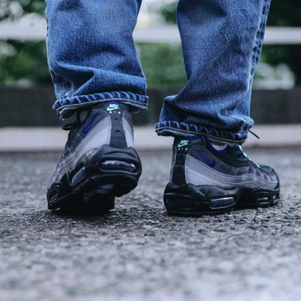 f:id:sneakerscaffetokyo:20190730093936j:plain
