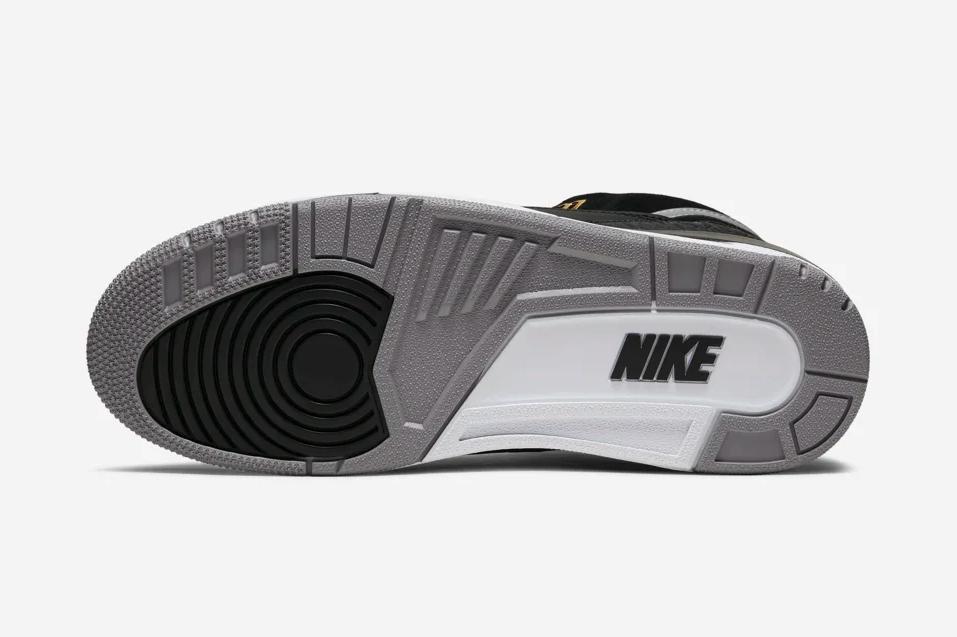 f:id:sneakerscaffetokyo:20190802075315p:plain