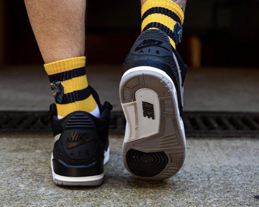f:id:sneakerscaffetokyo:20190802080002j:plain