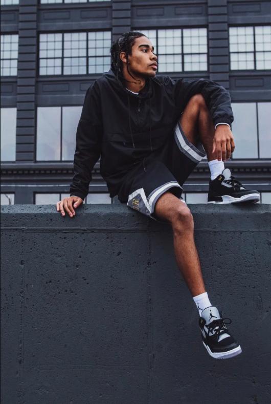 f:id:sneakerscaffetokyo:20190802080200p:plain