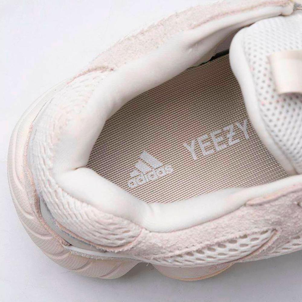 f:id:sneakerscaffetokyo:20190819083821p:plain