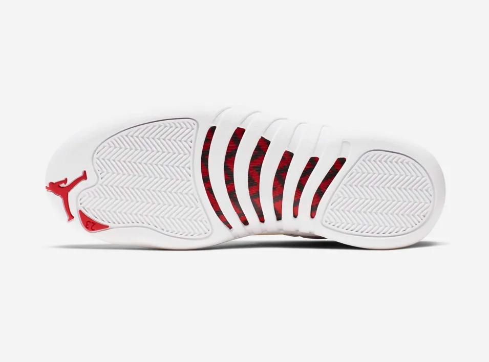 f:id:sneakerscaffetokyo:20190821070717p:plain