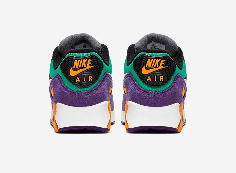 f:id:sneakerscaffetokyo:20190826110205p:plain