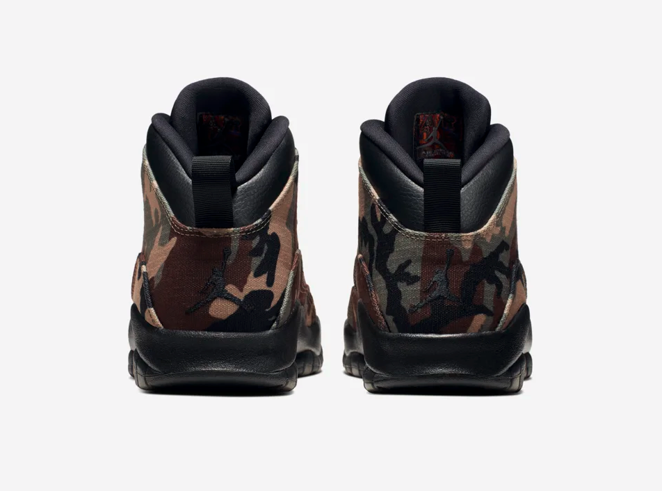f:id:sneakerscaffetokyo:20190829071505p:plain