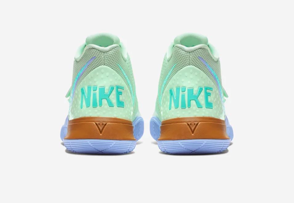 f:id:sneakerscaffetokyo:20190829084159p:plain