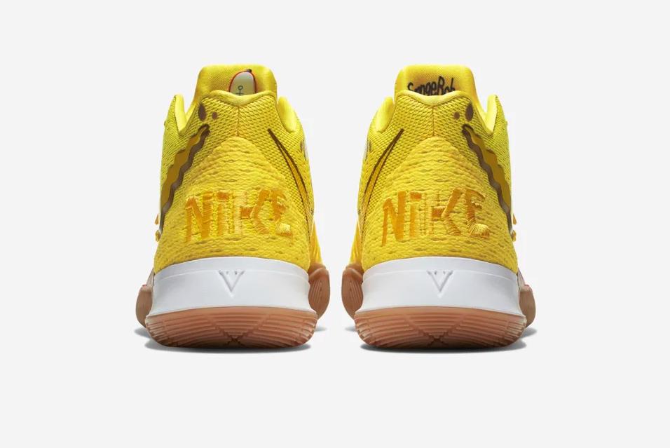 f:id:sneakerscaffetokyo:20190829085854p:plain
