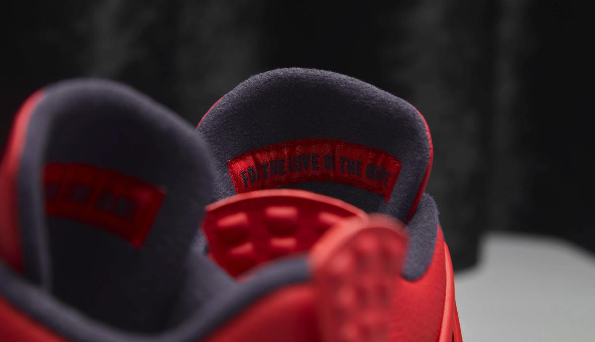 f:id:sneakerscaffetokyo:20190903102520p:plain
