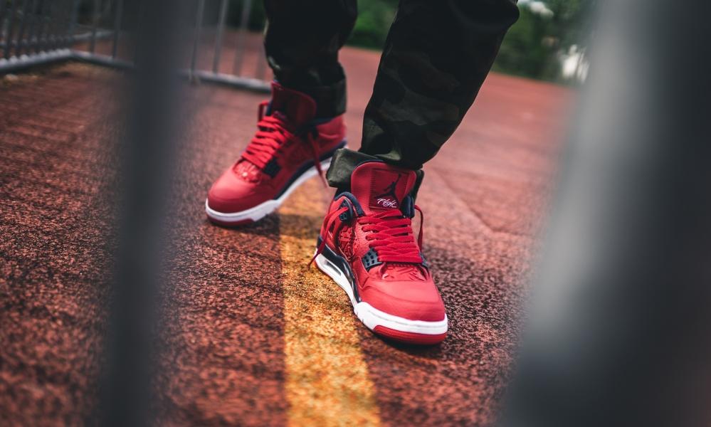 f:id:sneakerscaffetokyo:20190903102853j:plain