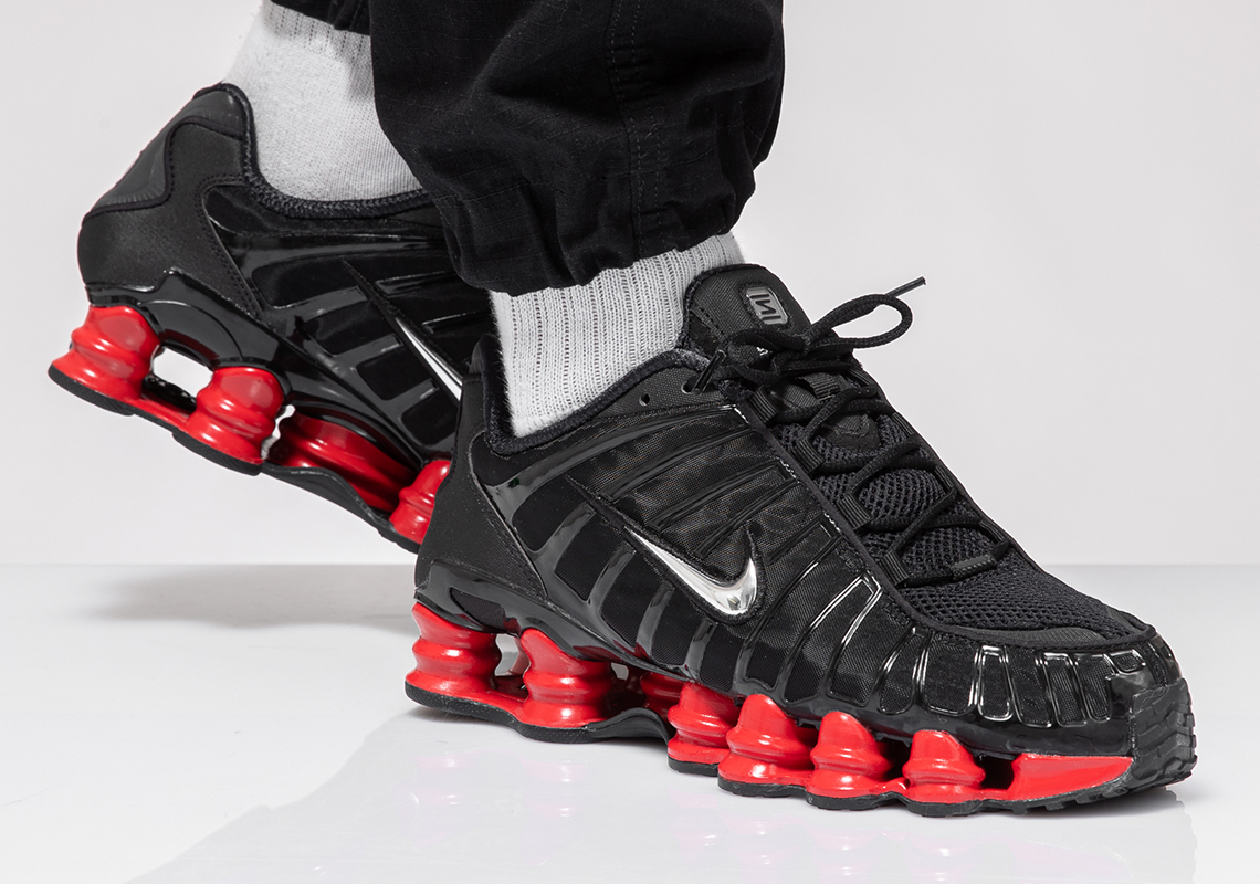 f:id:sneakerscaffetokyo:20190909101327j:plain
