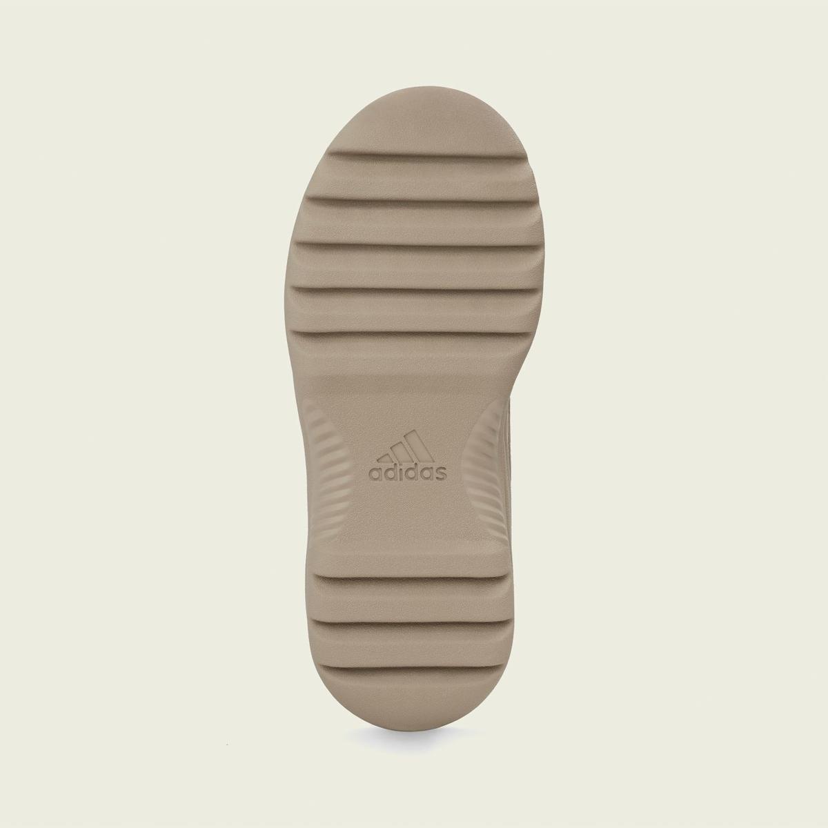 f:id:sneakerscaffetokyo:20190911101431j:plain