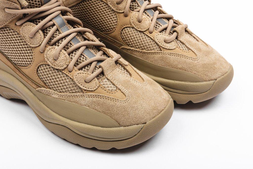 f:id:sneakerscaffetokyo:20190911101537j:plain
