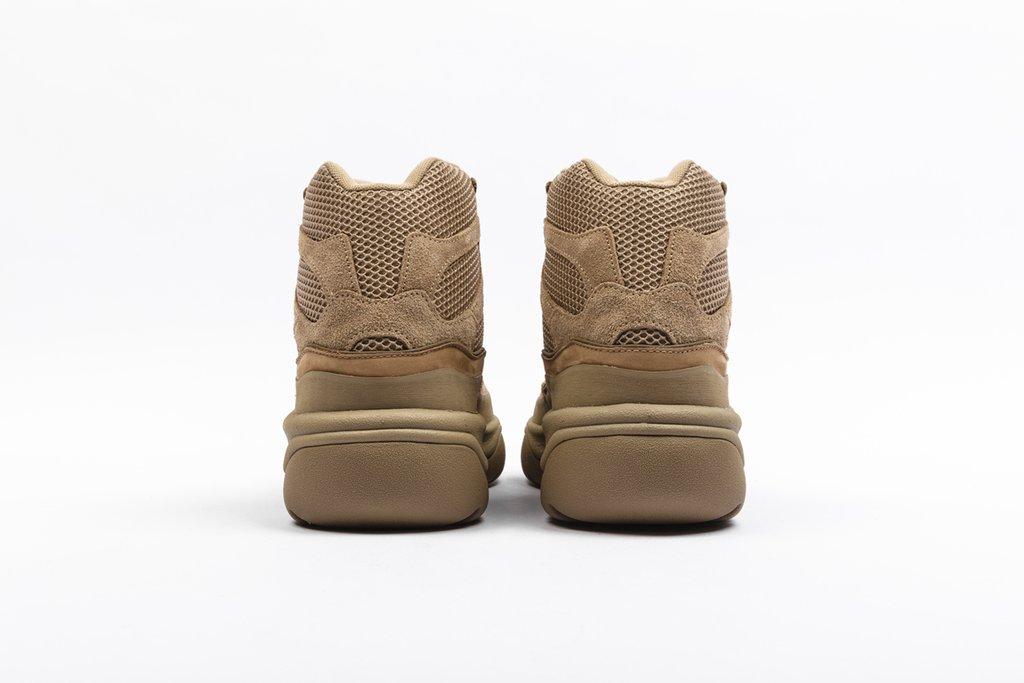 f:id:sneakerscaffetokyo:20190911101547j:plain
