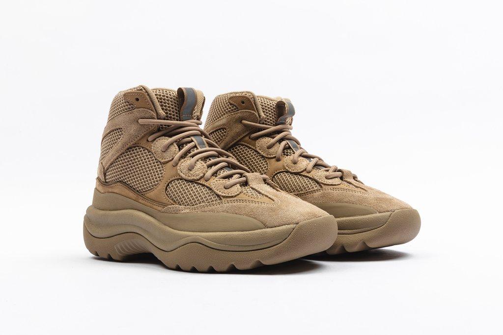 f:id:sneakerscaffetokyo:20190911101600j:plain
