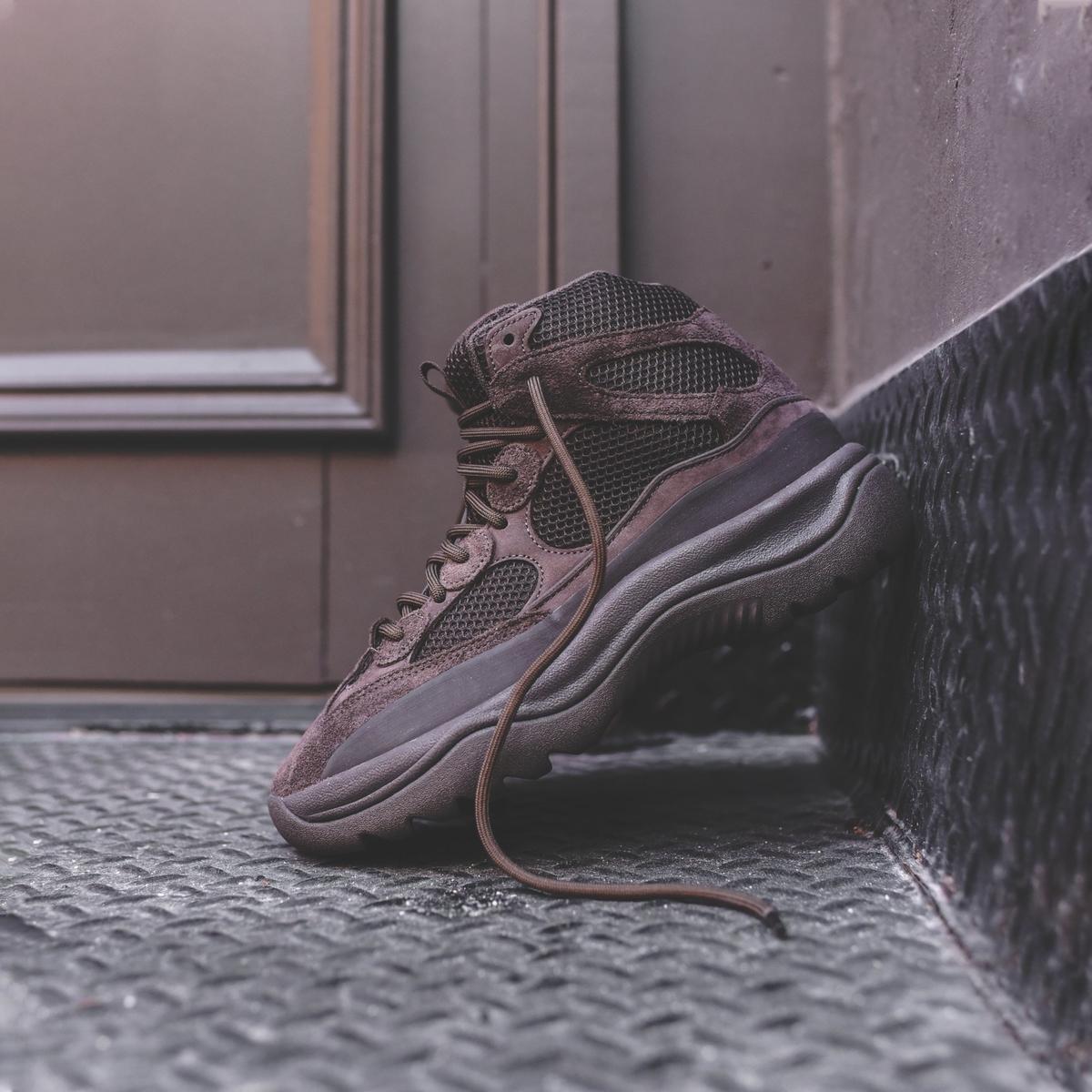 f:id:sneakerscaffetokyo:20190911102258j:plain