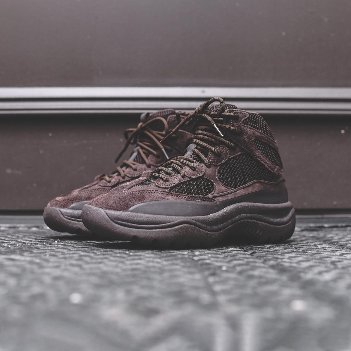 f:id:sneakerscaffetokyo:20190911102328j:plain