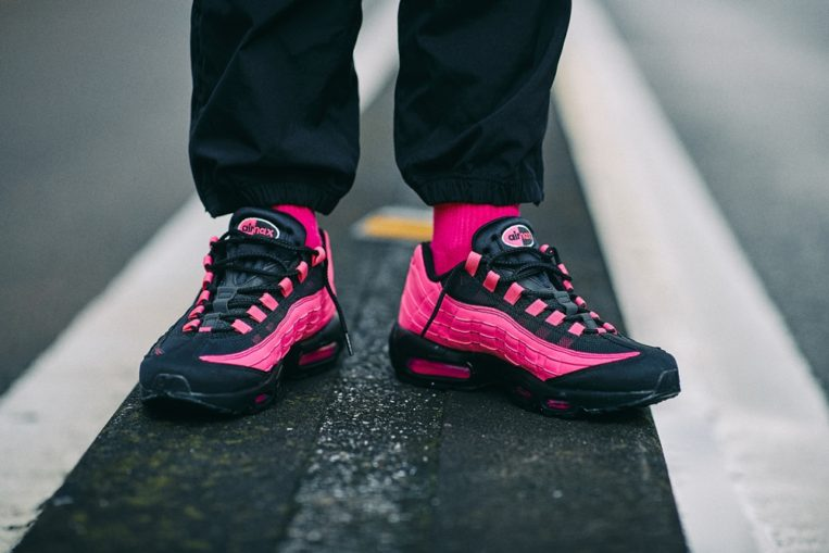 f:id:sneakerscaffetokyo:20190913105622j:plain