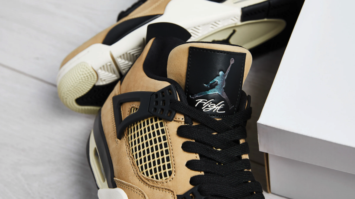 f:id:sneakerscaffetokyo:20190917104818p:plain