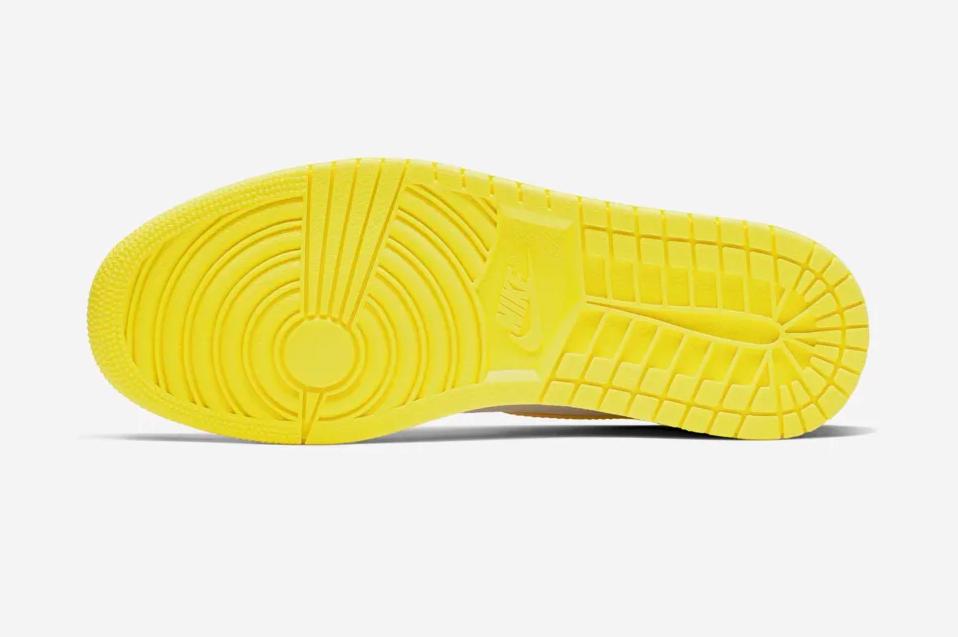 f:id:sneakerscaffetokyo:20190925073535p:plain