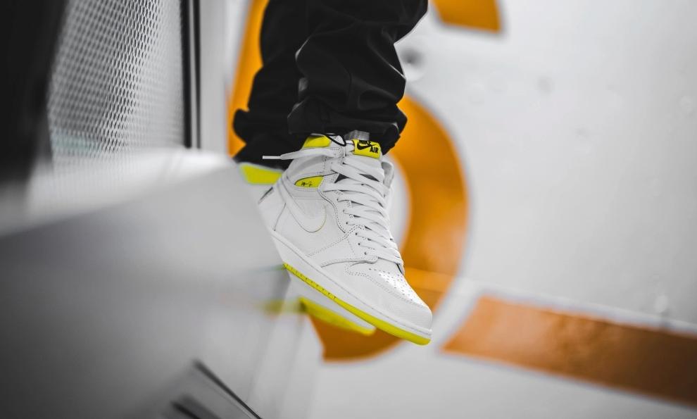 f:id:sneakerscaffetokyo:20190925073929p:plain