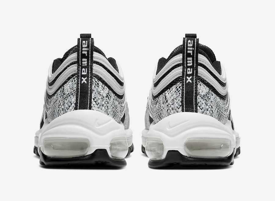 f:id:sneakerscaffetokyo:20190928080147j:plain