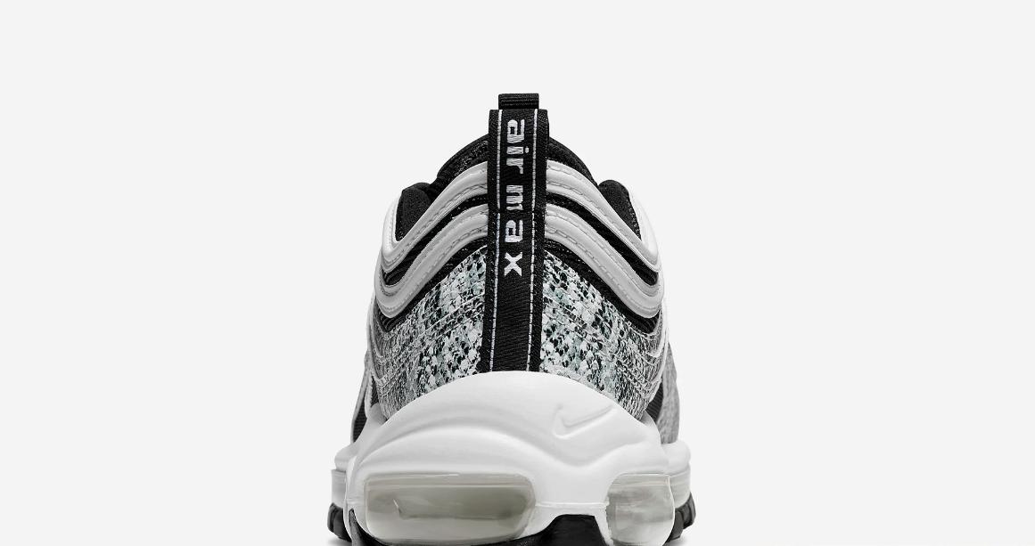 f:id:sneakerscaffetokyo:20190928080158p:plain