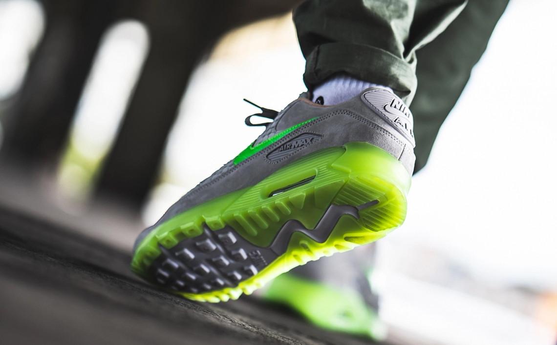 f:id:sneakerscaffetokyo:20190928093451j:plain