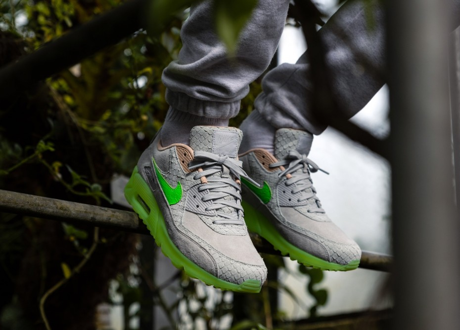 f:id:sneakerscaffetokyo:20190928093615j:plain