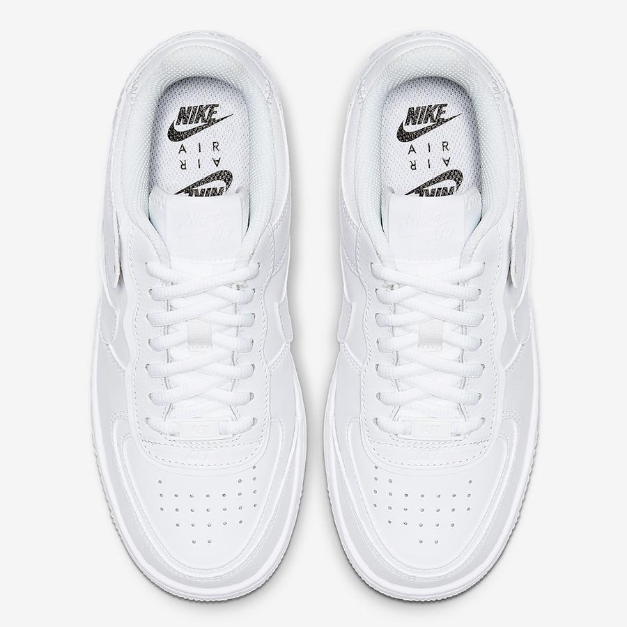 f:id:sneakerscaffetokyo:20190930150508j:plain