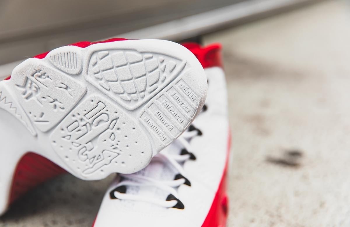 f:id:sneakerscaffetokyo:20191004074733j:plain
