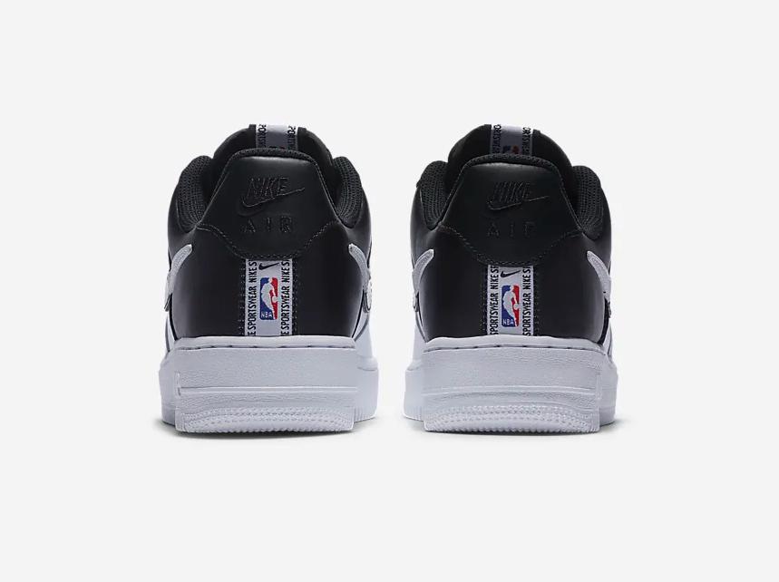 f:id:sneakerscaffetokyo:20191007082125p:plain